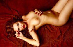 Девушка, ищу страстный секс с выносливыми мужчинами в Калуге