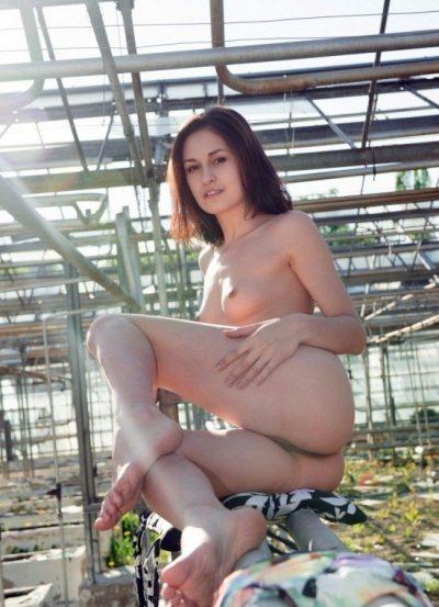 Страстная и темпераментная девушка, ищу мужчину для секса в Калуге